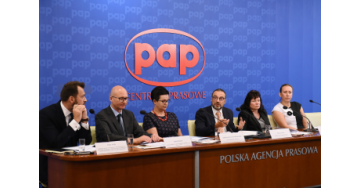 Jak wprowadzić w Polsce opiekę farmaceutyczną? Rola i wyzwania współczesnej apteki
